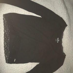 black hollister top